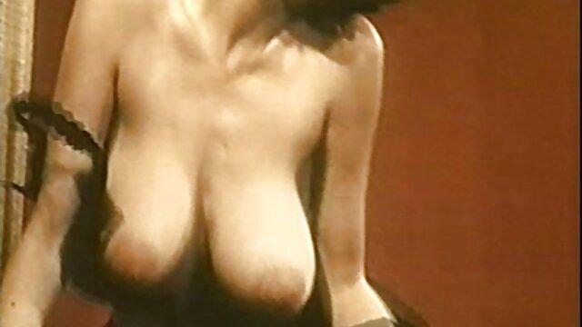 Yanks Towheaded Nichole Buttons Her vídeos pornôs de atrizes brasileiras Shaggy Puss