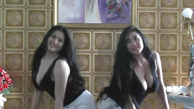 O elenco Anal vídeos pornôsbrasileiros de Robin com Ariel Adams